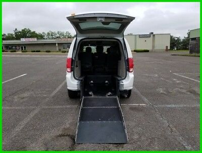 2014 Dodge Grand Caravan AVP/SE VAN WHEELCHAIR HANDICAP REAR ENTRY 2014 AVP/SE Used 3.6L V6