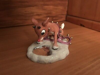 NIB Rudolph Looking At Reflection By Enesco #557269L