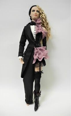 """Tonner Re-Imagination Sinister Circus 16"""" SHEEHE DOLL 2003"""