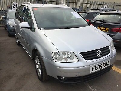 06 Volkswagen Touran 2.0 Tdi Sport Dsg/7 Seat, 13 Stamps, Climate *dent In Boot*