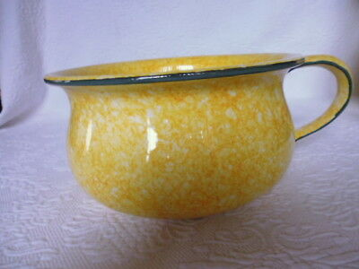 Stangl ~~~ Town and Country ~ ~ Yellow ~ ~ Handled Chamber Pot