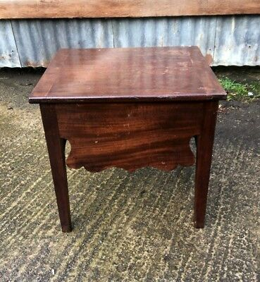 Georgian Mahogany Stool With Lift Top