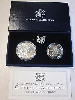 #145 1994 WORLD CUP COMMEMORATIVE PROOF SILVER DOLLAR /& CLAD HALF 2 COIN SET