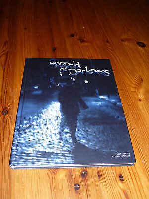 The World of Darkness Core Rulebook Hardcover 2004 White Wolf WW55002 WoD