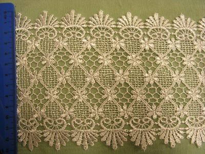 Embroidered White Nett  Lace Trim 120mm x 2mts (125006)