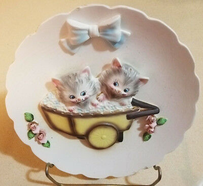 Vintage LEFTON 3D Cat PLATE / Wall Plaque Grey KITTENS in CART w/ ROSES
