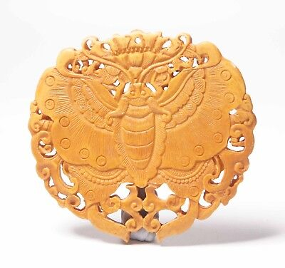 Qing Dynasty Shell Hand Carving Pendant Butterfly Design Chinese Antiques Art