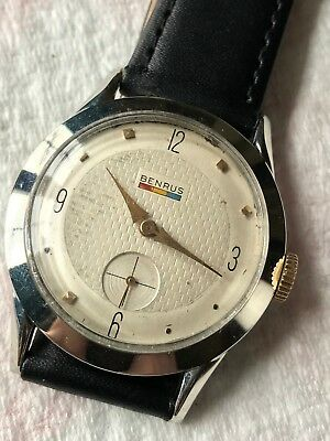 Vintage 1960's Benrus watch 17 jewels. Running and ready to wear