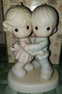 "Precious Moments Figurine 521299 ""Hug One Another"" W/Box NIB"