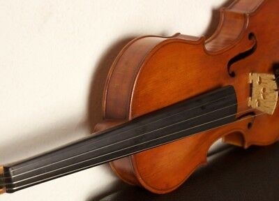 Old beautiful vintage VIOLIN with label Gaetano Gadda