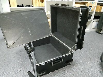 "Pro audio road case, wheels and handle, hard plastic, OUTSIDE = 26"" x 19"" x 35"""