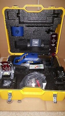 NEW Spectra Precision DG711 Pipe Laser Kit w / RC502 Remote, & Centering Plate