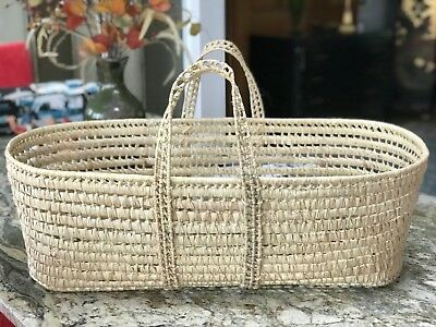 ORGANIC Moses Basket Hand Woven USA Kelly Green Organic Mint Condition! Durable!