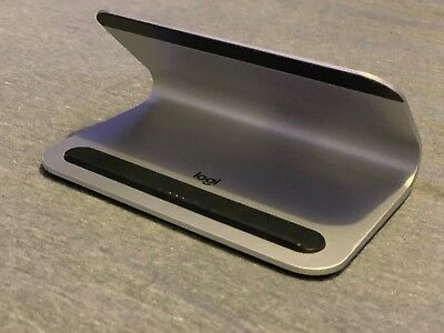 Logitech Logi Base Charging Stand w Smart Connector for iPad Pro Great Condition