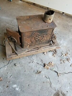 Wood Stove Foot Heater Cast Iron Ornate Antique Vintage. Pickup Only.