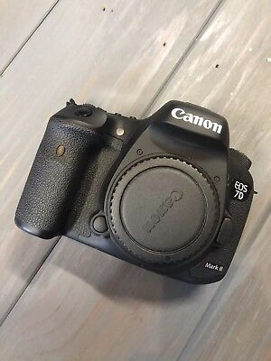Canon EOS 7D Mark II (9128B002) 20.2MP Digital SLR Camera - Black (Body Only)