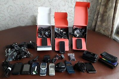 Working Job Lot Of Older Nokia, Ericsson & LG Mobile Phones & Other Accessories.