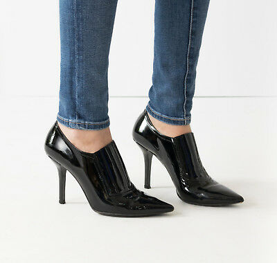 f77274397a3 VALENTINO PATENT LEATHER Black Pointed toe ANKLE BOOTS Booties 37 7 ...