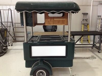 Towable Snack and Beverage Cart Beverage Caddy Express Great Shape