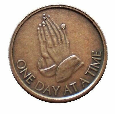 Aa Coin Na Bronze Alcoholics Anonymous Praying Hands Odat Token Medallion New