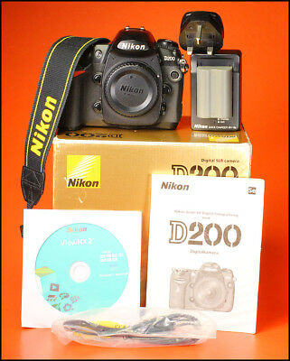 Nikon D200 Digital 10MP SLR Camera, With Battery, Charger, Manual Software & Box