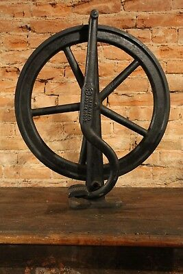 Antique 1896 Cast Iron Spinning Wheel Machine foot pedal Treadle Industrial old