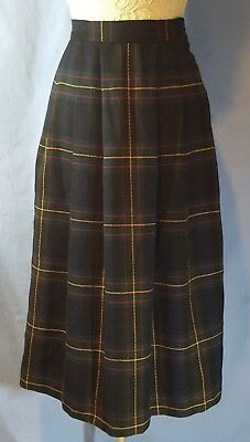 VINTAGE WOOL SKIRT Jaeger GREAT BRITAIN Size 10 NAVY & GREEN PLAID Pleated
