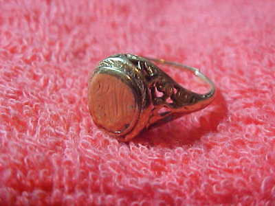14k Gold ring for scrap 2.9 grams-Not wearable