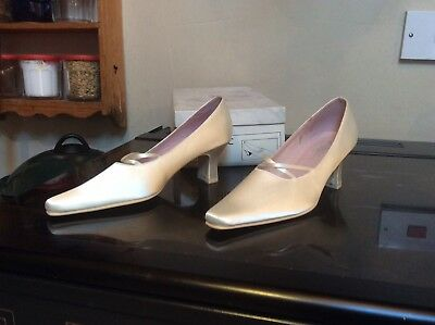 Brand New Ivory Satin Shoes by Angelic Size 8