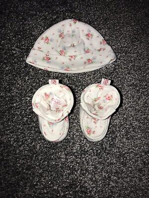 Cath Kidston Hat And Bootie Set