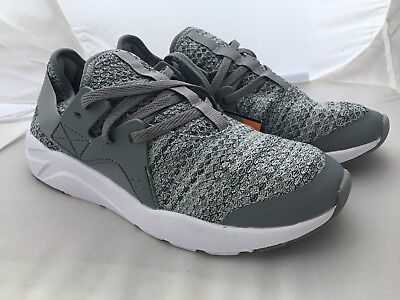 465815f44b05 AVIA Women s Gray Memory Foam Athletic Running Lace Shoes Size 9.5 NEW