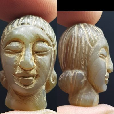 Engraved Old Rare Roman Queen Face Head Agate stone Amulet # 8R