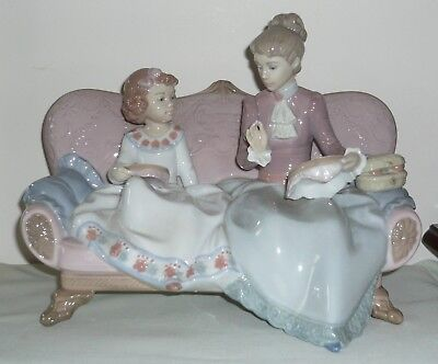 """Lladro Porcelain """"An Embroidery Lesson"""" Figurine ~ No 6713"""