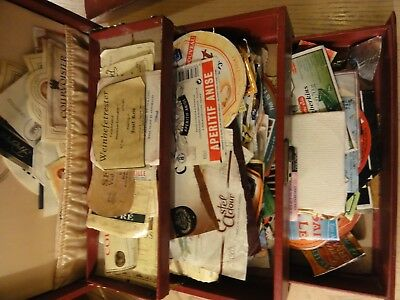 Very large lot of wine, spirits and cheese labels Lot 1