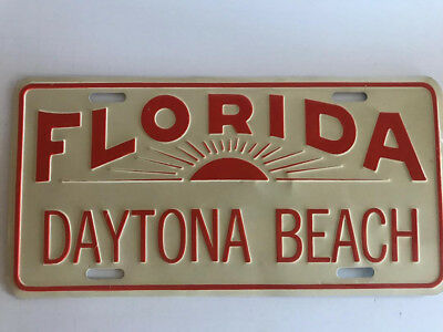 Vintage front plate from Daytona Beach Florida with sunrise. Never used.