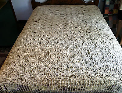 "Vintage Crochet Tablecloth Ecru Handmade 90""X75"" Bedspread Coverlet Scalloped"