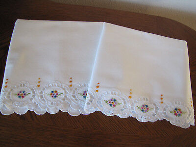 Vintage Pair of Pillowcases Embroidered & Open Work Aster Wreaths Exquisite