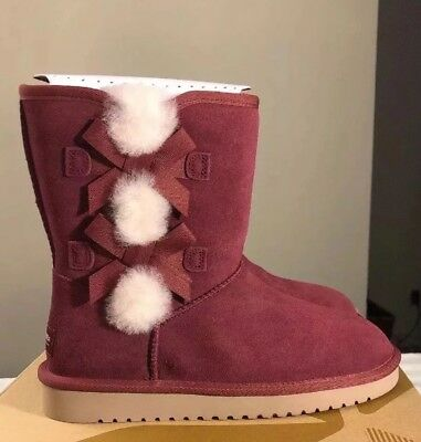 a514fa2fff9 KOOLABURRA BY UGG Woman Classic Short 1015874 Zinfandel Sz 10 100%  AUTHENTIC New