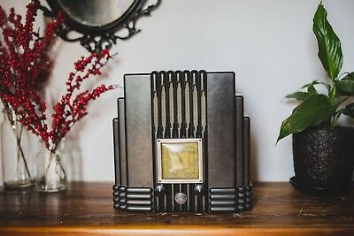 """Awa Fisk Radiolette C1930 """"Empire State"""" Radio In Excellent Working Condition"""