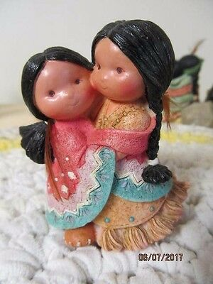 """Friends Of The Feather Figurine """"gotta Have A Hug"""" Dated 1994"""