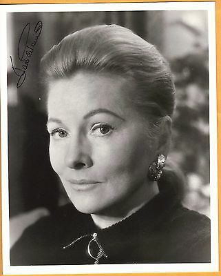 Joan Fontaine-signed photo-26 f - This is a Vintage Photo! - JSA coa