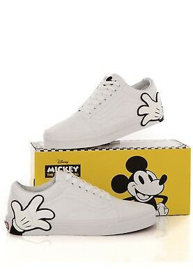 e4d242d68eed75 VANS Old Skool Disney Mickey Mouse Hand White UK 7 US 8 EUR 40.5 Vault LX