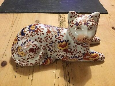 Imari Antique Cat Porcelain Ceramic Figurine Vintage Japanese