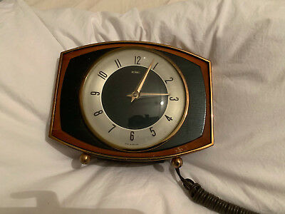 Vintage Metamec electric mantle clock, mid-century/1960s, wood, bakelite, glass