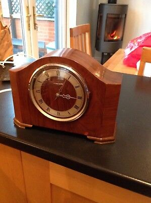 1938 Smiths Electric mantle clock with beautiful melody chime works perfectly.
