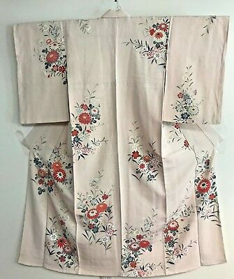 Vintage Cream Color Kimono  Decorated with Flowers #315