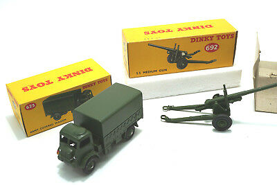 1950's  Dinky Toys 623 Army Covered Wagon + 692 Medium Gun - NOS / MIB Lagerfund