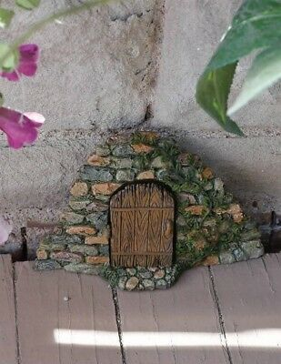 Victorian Trading Co. Fairy Garden Stonewall Stairs Entry