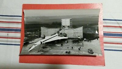 rare photo SUD AVIATION - tests avant premier vol du CONCORDE 23.02.1968 .