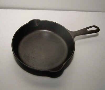 Vintage Griswold  Cast Iron Frying Pan Skillet No. 3  #709 ERIE PA